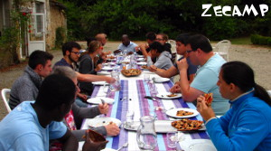 ZeCamp : Outside Lunch